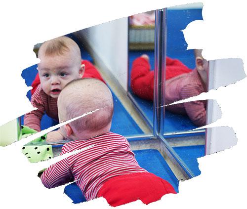 Os espelhos são importantes para as crianças pequenas? — Blog Institucional