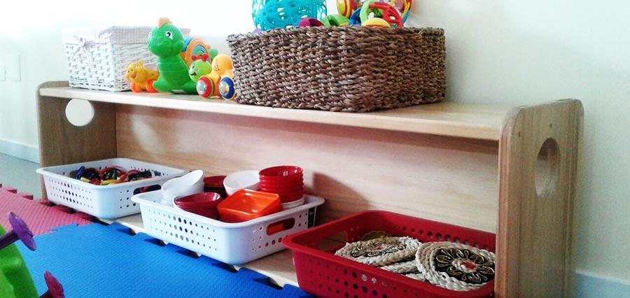 Por que as crianças adoram brincar com objetos que não são brinquedos?